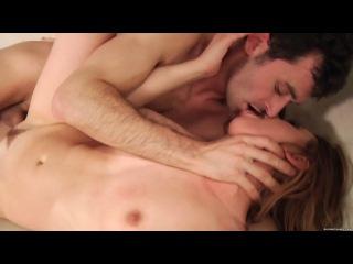 Дивчина получает порно кайф когда ей лижут отверстия